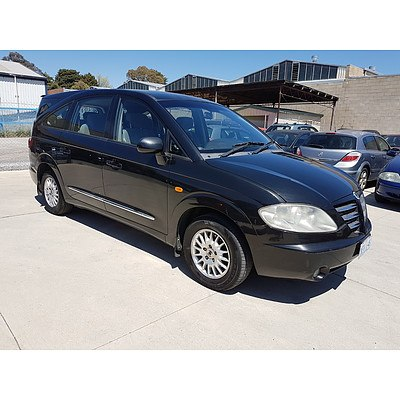 12/2006 Ssangyong Stavic Sv270 Sports PLUS AWD A100 4d Wagon Black 2.7L
