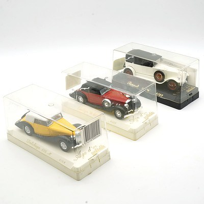Three Cased Age D'or Solido Models, Including Delahaye 135M, Delage D8/120 and Renault 40co