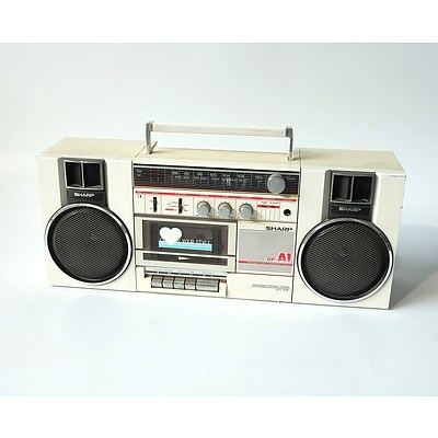 Sharp GF-A1A Portable Stereo and Radio System Made in Japan
