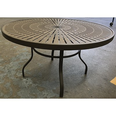 Bronze Aluminium Round Outdoor Table
