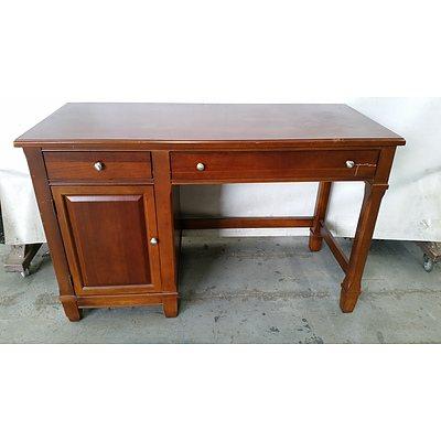 Thomasville Heritage Desk