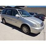 5/2004 Kia Carnival LS KV11 4d Wagon Silver 2.5L