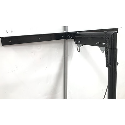 Hills 225kg Heavy Duty Game Hitch with Tiger Winch - RRP Over $350 - Brand New