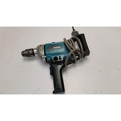 Makita 620 Watt Electric Spade Handled Drill