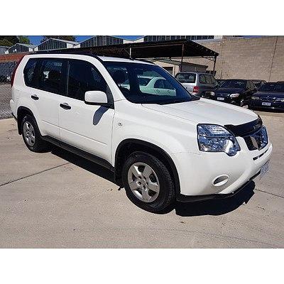 10/2010 Nissan X-trail ST (4x4) T31 MY10 4d Wagon White 2.5L
