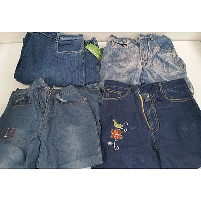 Women's and Girls Jeans and Pants - Lot of 40 - New