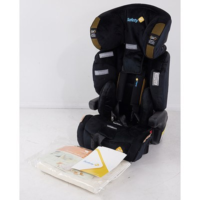 Safety 1st Custodian Plus II Harnessed Booster with Little Ewe Padded Car Seat