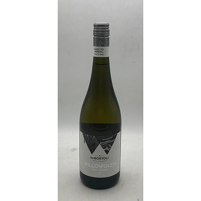 Case of 6x DeBortoli Willowglen Brut Cuvee NV 750mL