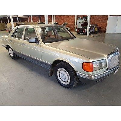 5/1985 Mercedes-Benz 280 SE W126 4d Sedan  2.8L