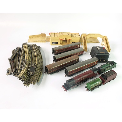 A Quantity of Hornby Meccano Railway Carrages and More