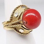 18ct Yellow Gold Ring with Dark Orange Coral