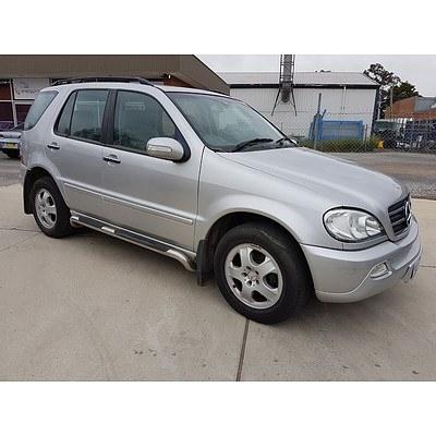 1/2002 Mercedes-Benz ML500 Luxury (4x4) W163 4d Wagon Silver 5.0L