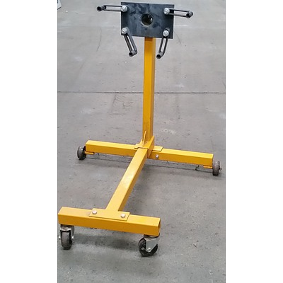 Four Wheel  Engine Stand