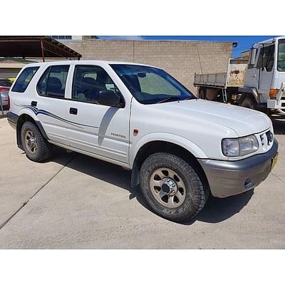 6/2002 Holden Frontera (4x4) MX 4d Wagon White 3.2L