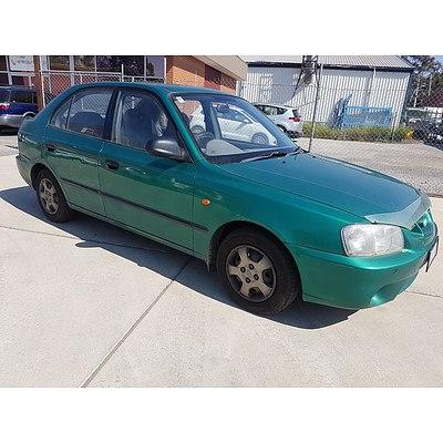 10/2000 Hyundai Accent GL LC 3d Hatchback Green 1.5L