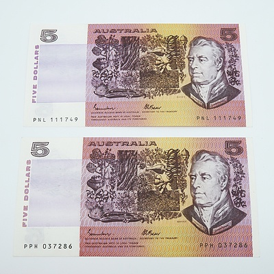 2 x 1985 Australian Five Dollar Banknotes - Uncirculated