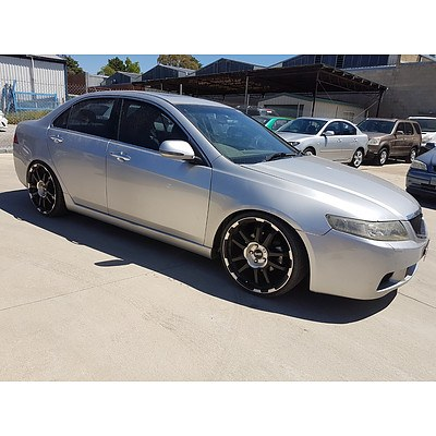 11/2003 Honda Accord EURO Luxury  4d Sedan Silver 2.4L