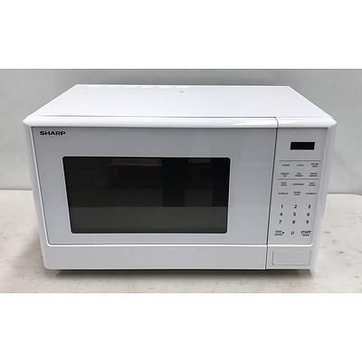 Sharp 1100W Microwave Oven