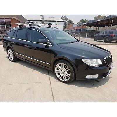 7/2010 Skoda Superb 191 FSI V6 Elegance 3T MY11 4d Wagon Black 3.6L
