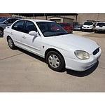 6/2000 Hyundai Sonata Executive V6  4d Sedan White 2.5L