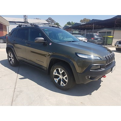4/2015 Jeep Cherokee Trailhawk (4x4) KL MY15 4d Wagon Green 3.2L