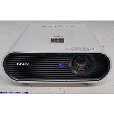 Sony (VPL-EX50) XGA 3LCD Projector