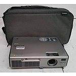 Epson (EMP-765) XGA 3LCD Projector