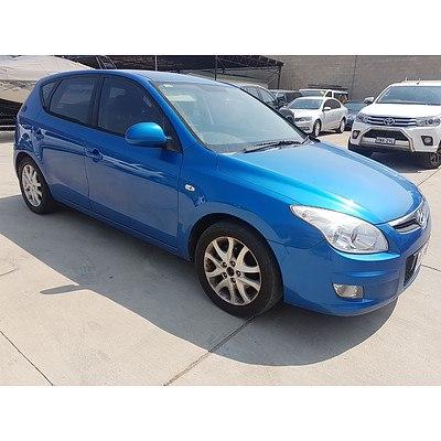 9/2009 Hyundai I30 SLX FD MY09 5d Hatchback Blue 2.0L