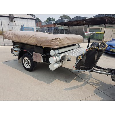 11/2014 Camping Trailer with Oztrail Ridgeline Latitude Tent