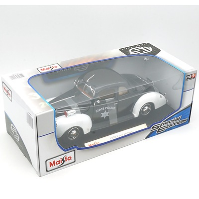 Brand New Maisto Special Edition 1:18 Diecast 1939 Ford Deluxe