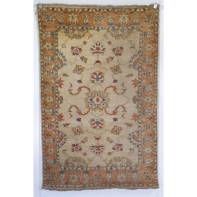 Indian Agra Hand Knotted Wool Pile Rug, Ex Cadrys