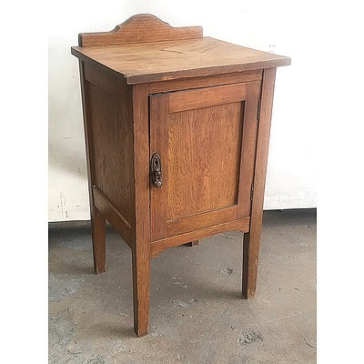 Antique Tasmanian Oak Pot Cupboard