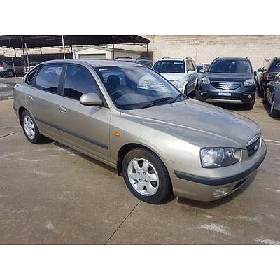10/2002 Hyundai Elantra GLS XD 5d Hatchback Gold 2.0L