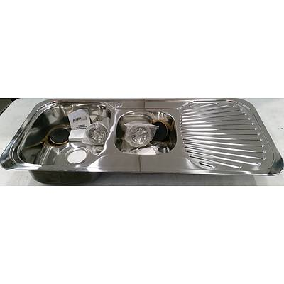 Stainless Steel Undermount 1 and 1/2 Bowl Kitchen Sink - New