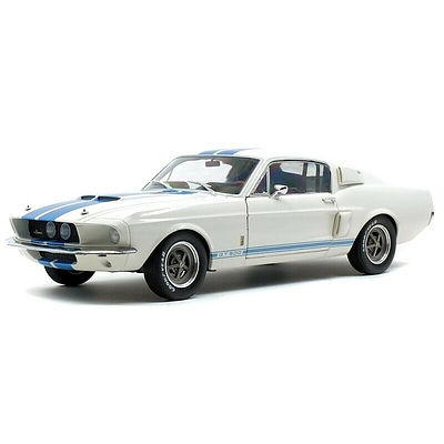 Solido Shelby Mustang GT500, 1:18 Scale Car Model Sealed in Box - Brand New