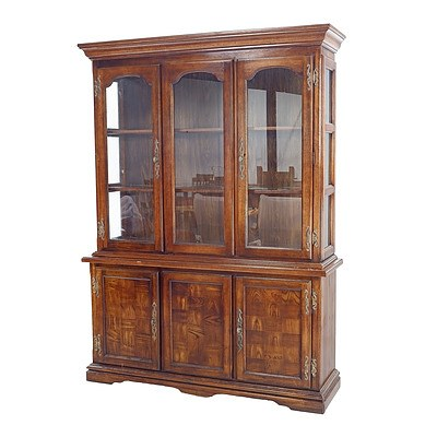 Quality US Made Drexel Furniture Classic Georgian Style Cabinet with Parquet Door Panels and Brass Hardware