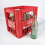 Coca Cola Crate with 12 Coca Cola Glass Bottles