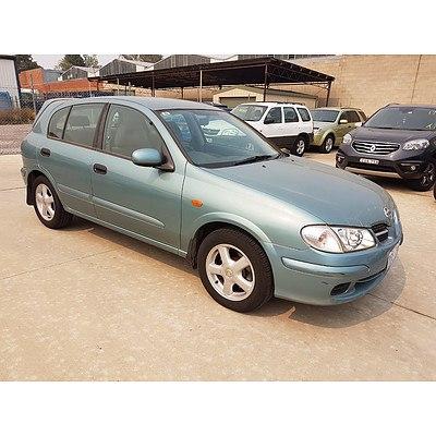 6/2001 Nissan Pulsar Q N16 5d Hatchback Green 1.8L
