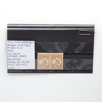 A Pair of 1926 Third Water Mark Brusden White (B/W) Die IIB, Right Stamp Features Error B/W21(3)d: Broken Leg on Kangaroo