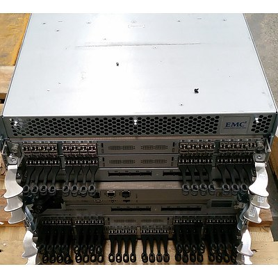 EMC2 (ED-DCX8510-4B) Fibre Channel Rack-Mountable Enterprise Network Switch