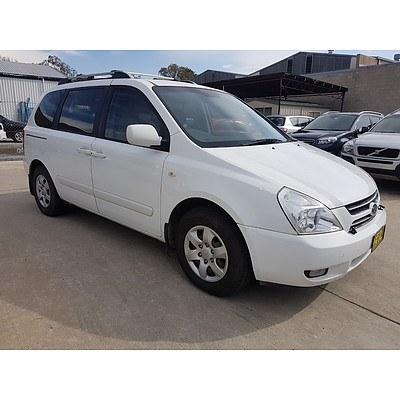 6/2007 Kia Carnival EX VQ 4d Wagon White 2.7L