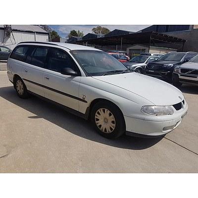 11/2000 Holden Commodore Executive VX 4d Wagon White 3.8L