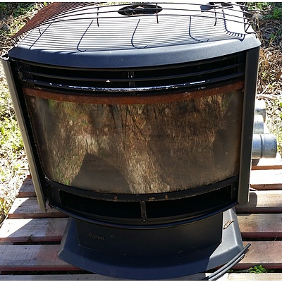 Lot 126 - Rinnai Imitation Slow Combustion Fire Place