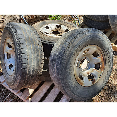 "Lot 144 - Nissan 16"" Six Stud Wheels - Set of 4"