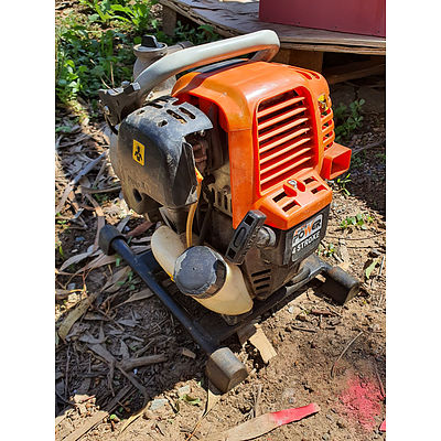 Lot 146 - Selecta Power Compact 4 Stroke Portable Water Pump