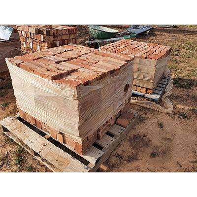 Lot 253 - Canberra Red Bricks - Lot of 2 Pallets