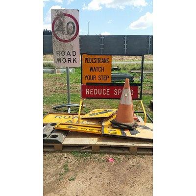 Lot 44 - Assorted Traffic Signage