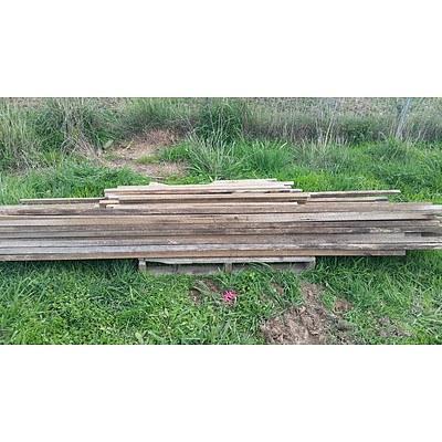 Lot 49 - Assorted Hardwood Posts