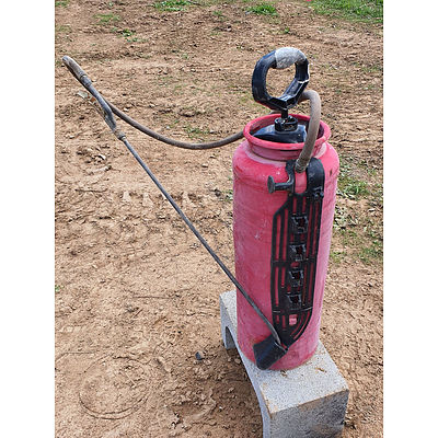 Lot 70 - Chapin Hand Pump Industrial Concrete Sprayer