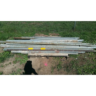 Lot 8 - Pallet of Assorted Steel Poles